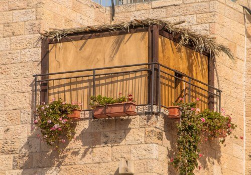How To Celebrate Sukkot Sukkot Amp Simchat Torah