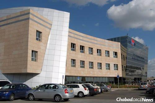 Rabbi Deitsch is being treated at Tel Hashomer Hospital in Ramat Gan, Israel.