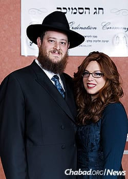 Rabbi Shmully and Devorah Litvin (Photo: Elisheva Golani)
