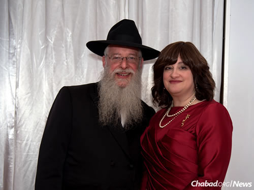 Rabbi Avrohom and Goldie Litvin, co-directors of Chabad of Kentucky (Photo: Elisheva Golani)