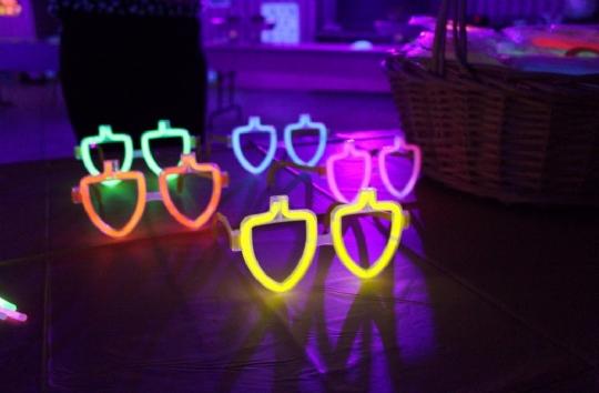 Glow in the Dark Dreidel Glasses