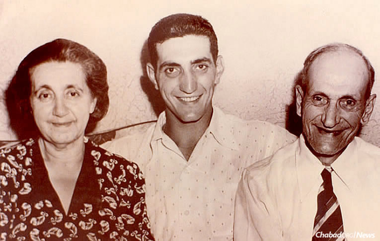Ralph Branca, the third youngest in a family of 17 children, with his parents, Katherine (Kati) and John Branca