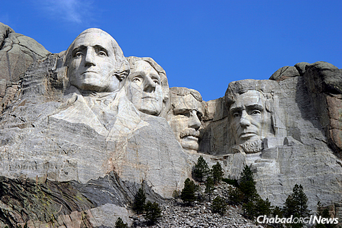 South Dakota, known for the iconic images carved onto Mount Rushmore, will now have permanent emissaries to serve Jewish residents and visitors in the state. (Photo: Wikimedia Commons)