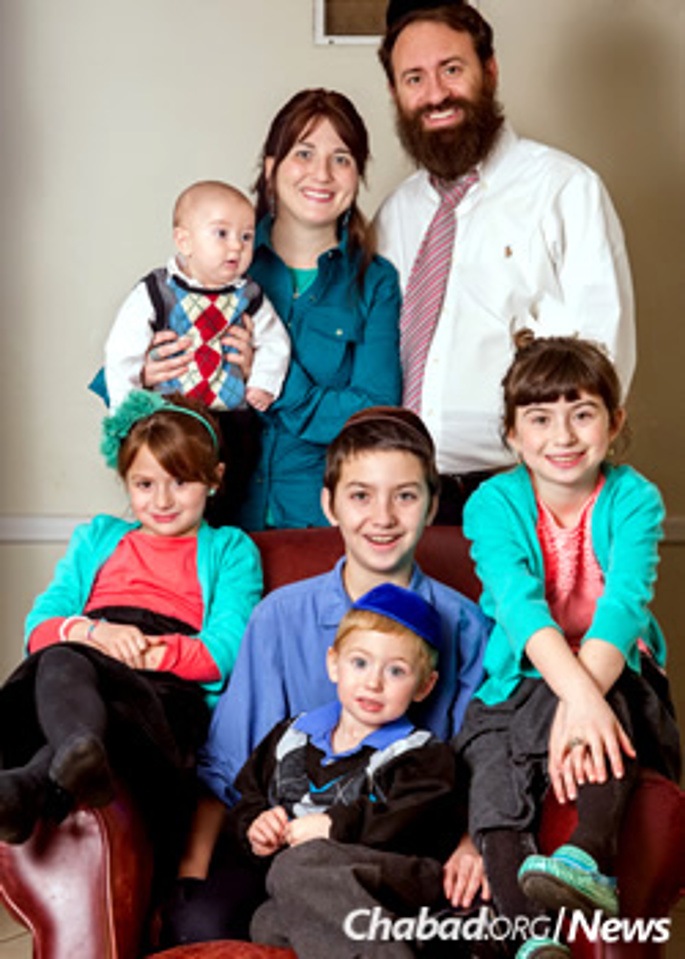 The Blumings and their five children (Merons Photo.com)